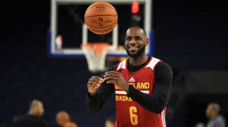 d3a45438449 Donald Trump has sparked uproar online after taking aim at basketball  superstar LeBron James