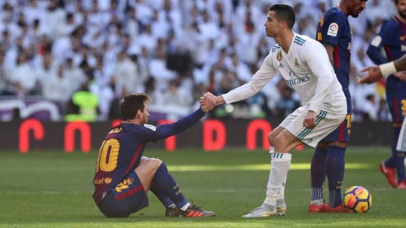 db8c525d28b8 fabulousdailies: Ronaldo Challenges Lionel Messi To Join Him In Serie A